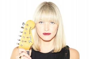 Hannah Clive - Promo (small)